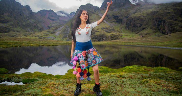 """Video """"Yo Mujer"""" con Renata Flores recibe importante premio internacional"""