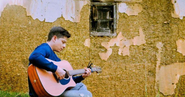 El cantautor colombiano Tito Vera lanza «El recuento», un homenaje a sus raíces