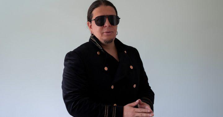 Conoce a Nicolás López, el empresario que desarrolla artistas para su crecimiento en la industria