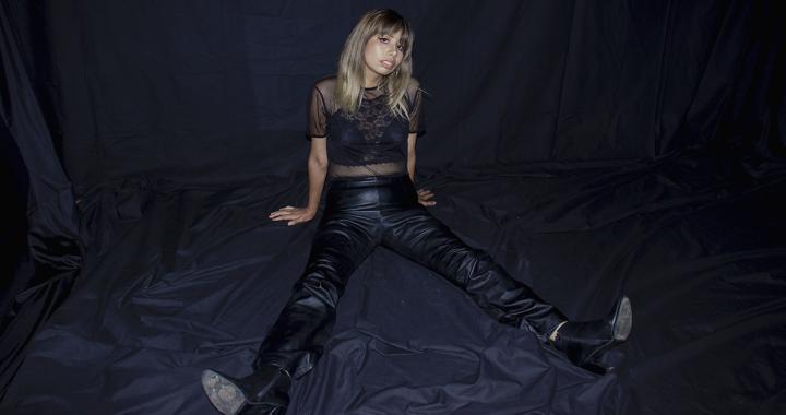 """Descubre un nuevo futuro junto a April Arianne y su single """"Por algo más"""""""
