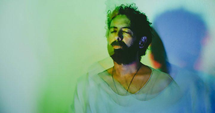 El productor colombiano Iusef presenta su nuevo sencillo «Fugaz»