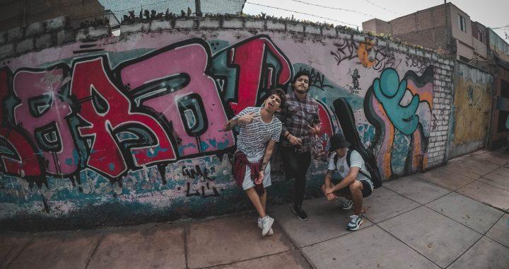 Deja los miedos de la rutina con «Dale!», el nuevo sencillo de Los Carpinteros