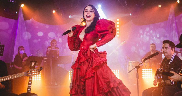 La ex Miss Bolivia Claudia Arce debuta como cantante y presentará show virtual